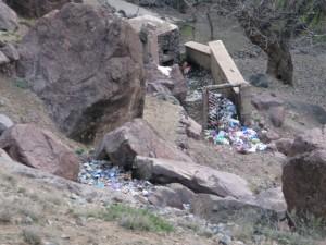 Décharge illégale dans le parc national du Toubkal