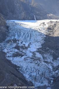 Sale tête pour un glacier au milieu de l'hiver...