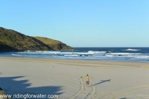 plage déserte à Hat Head